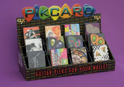 full_pikcard-display_plectrum